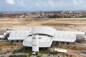 Infraero e Fraport firmam contrato para serviços de desemborrachamento na pista do Aeroporto de Fortaleza