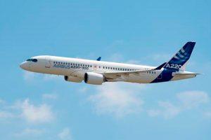 Airbus apresenta o A220-100 e o A220-300