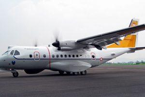 Indonésia põe um novo CN235 de patrulha marítima em serviço