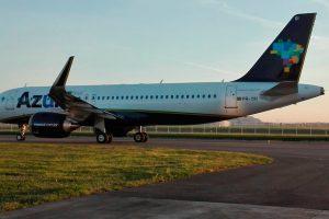 Azul é a companhia aérea mais pontual do Brasil e das Américas em 2017