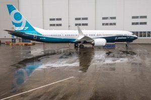 Boeing apresenta o primeiro 737 MAX 9