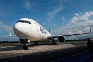 Aeroporto de Vitória recebe novo voo cargueiro
