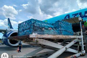 Azul realiza o transporte de quatro toneladas de equipamentos médicos