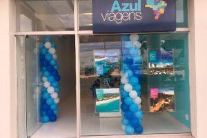 Sob novo conceito visual, Azul Viagens inaugura loja na zona sul de São Paulo