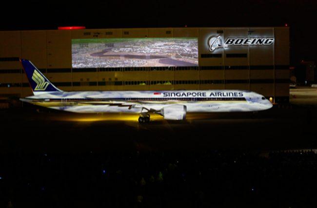Boeing entrega o primeiro Dreamliner 787-10 para a Singapore Airlines