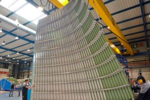 As primeiras grandes seções do Beluga XL chegam à linha de montagem final