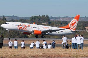 Aeroporto de Brasília recebe 30 crianças para segundo evento de fotografia aeronáutica