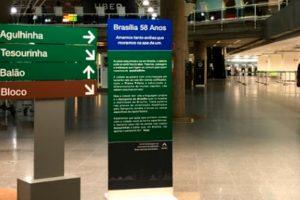 Aeroporto homenageia Brasília com sinalização à moda candanga