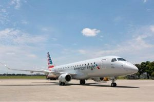 Embraer entrega E-Jet número 1.400 para a American Airlines