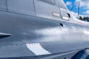 Saab testa peça de impressão 3D no Gripen para reparação de danos no Campo de Batalha