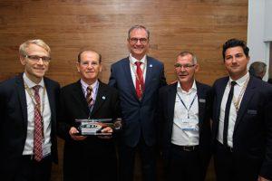 Helibras assina no Brasil contrato para o primeiro H145 Stylence no mundo