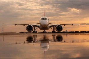 Helvetic Airways recebe seu primeiro jato E190-E2