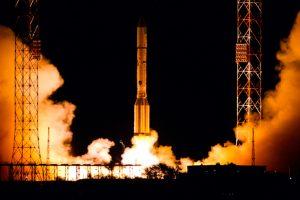 Lançado com sucesso o satélite Amazonas 5