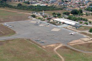 Aeroporto de Marabá recebe visita de crianças em comemoração aos seus 40 anos