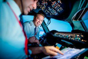 Setor aéreo vai precisar de 255.000 novos pilotos nos próximos 10 anos